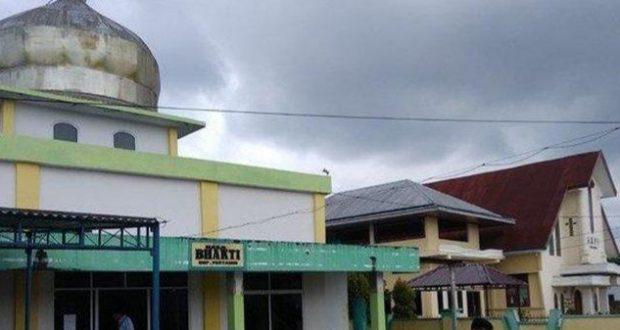 Wujud Toleransi Antar Umat Beragama Masjid Dan Gereja